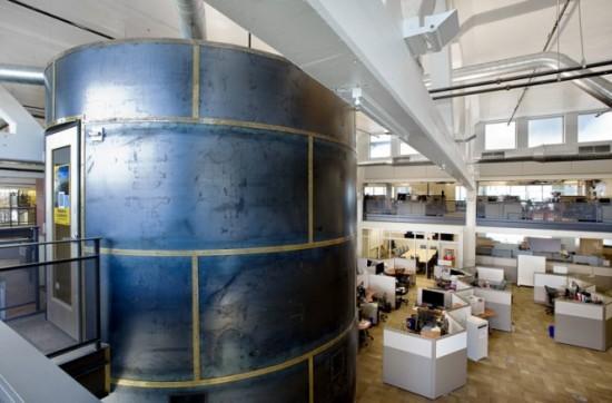Văn phòng của Google trong nhà máy làm bánh bích quy